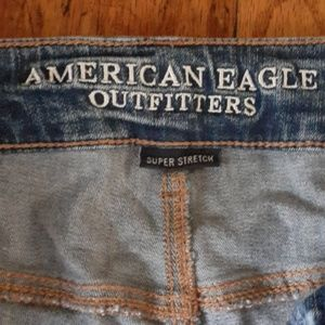 AEO distressed jeans BNWOT